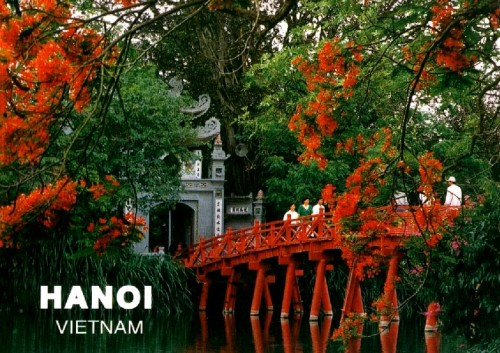Photo Courtesy of: http://baitulongtravel.com/hanoi/